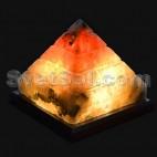 Пирамида соляная лампа