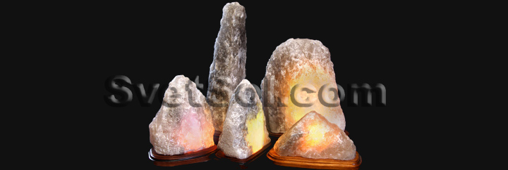 На фото запечатлены для сравнения соляные светильники 15 см, 20 см, 25 см, 45 см.